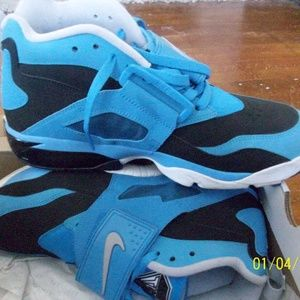 Nike Diamond Turf Black/Blue Hero Mens shoes